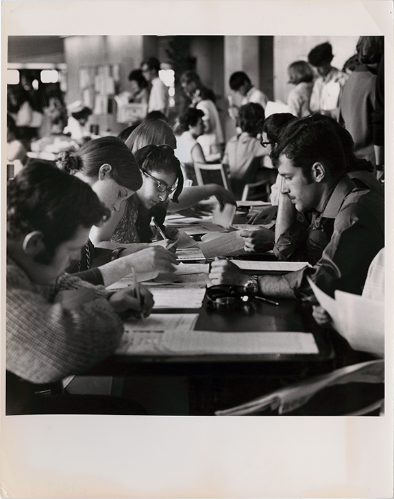 Students register for classes at University of Toronto Scarborough in 1969